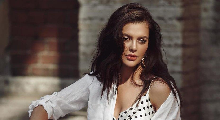«Шикарная девушка!» Ольга Меганская показала фото впрозрачном белье
