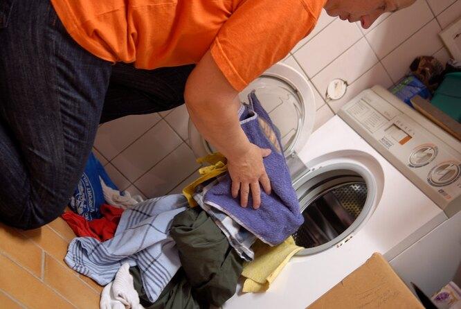 Как чистить зимнюю одежду