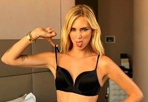 «Любовь моя»: муж модели Кьяры Ферраньи показал, как она выглядит на фото и в повседневной жизни