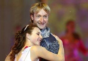 С кем был «красивый блондинчик» Евгений Плющенко до Рудковской