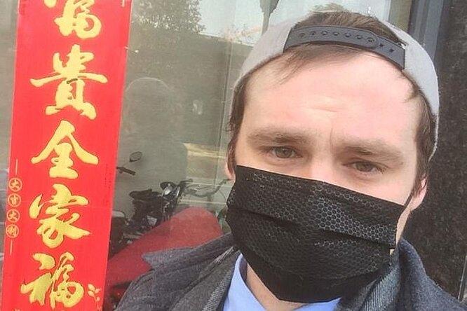 «Глаза горели, горло жгло»: заболевший коронавирусом британец рассказал, как протекала болезнь