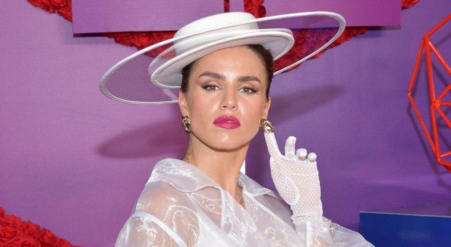 «Иногда срывает»: певица Зиверт рассказала Насте Ивлеевой обобратной стороне популярности