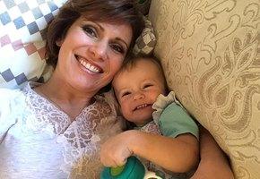 «Вероника вела себя лучше всех»: Светлана Зейналова рассказала о путешествии с дочерьми в Барселоне
