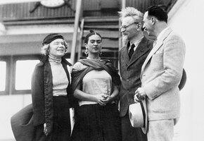 «Вернула молодость и отняла рассудок»: любовь и страсть Троцкого и Фриды Кало