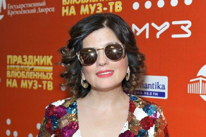 Диана Гурцкая показала, как незрячие люди смотрят картины вПушкинском музее