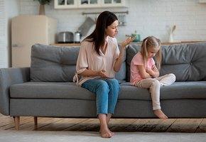 Виновата ли во всем мама? Почему девочки вырастают одинокими