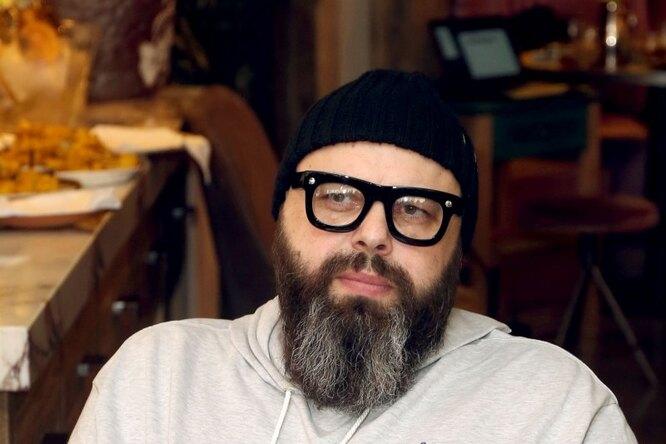 Похудевший 52-летний Максим Фадеев серьезно пострадал, упав ссамоката