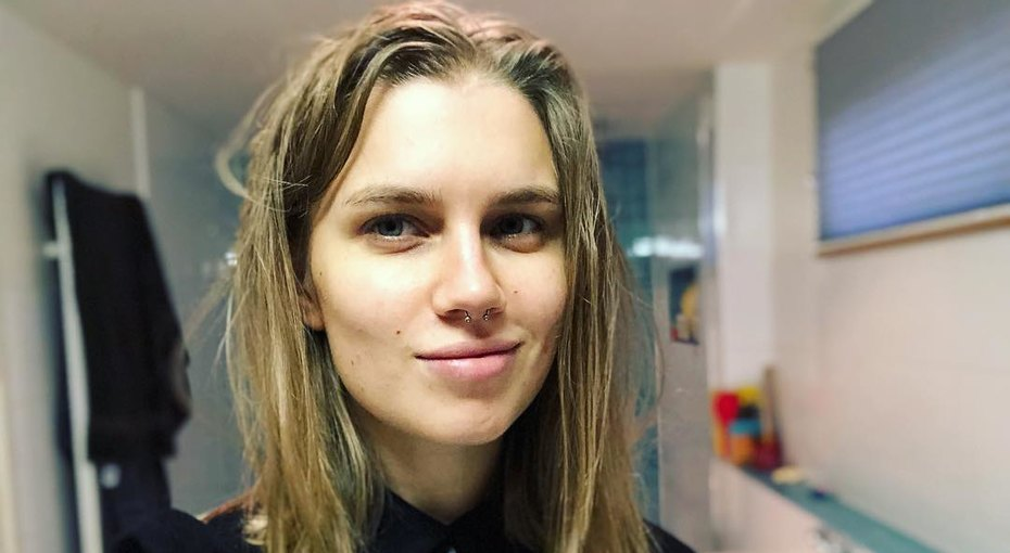 Беременная Дарья Мельникова готовится покинуть сцену театра передрождением ребенка