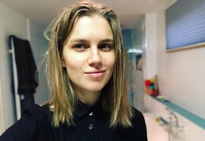 Беременная Дарья Мельникова готовится покинуть сцену театра перед рождением ребенка
