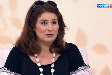 «Нам нехватало денег. Таксовали вместе»: Юлия Куварзина оразводе смужем