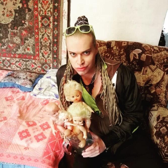 Гоген Солнцев устроил аукцион кукол