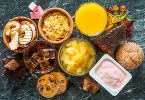 Осторожно, в этих полезных продуктах сахара больше, чем в конфетах