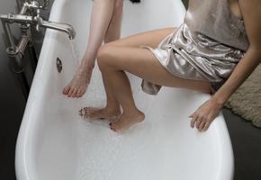 Ноги в руки: как сделать идеальный педикюр в домашних условиях