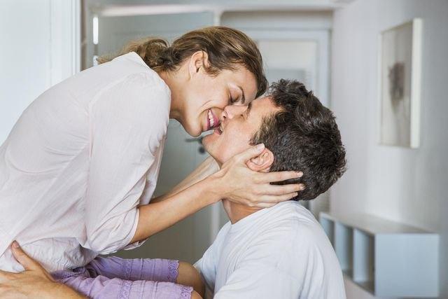 Как вернуть страсть в отношения почему пропадает сексуальное влечение