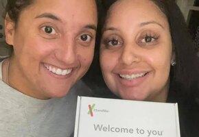Коллеги случайно обнаружили, что они — сестры, разлученные в детстве