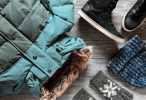 Как правильно ухаживать за зимним гардеробом: пуховиками, свитерами, колготками?
