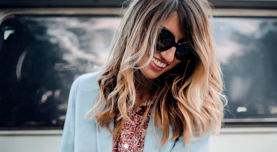 Блестящие ишелковистые: летние трюки поуходу заволосами