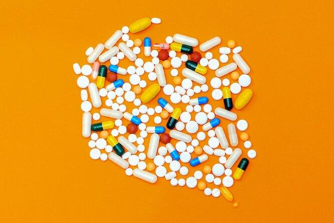 Таблетки и капсулы, чем лечить насморк и заложенность носа