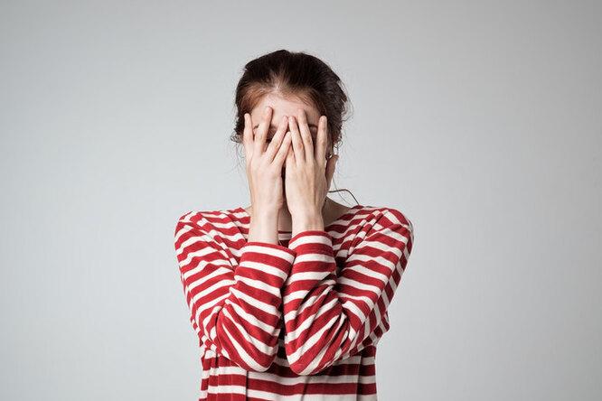 В самарской школе девочек привсех заставили снимать нижнее бельё