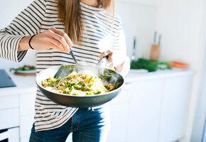 Тестирует редакция: 8 проверенных сковородок, которые пригодятся  на кухне