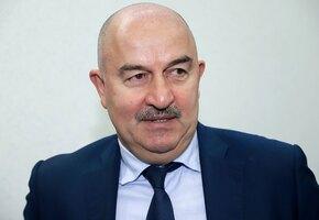Тренер сборной России по футболу Станислав Черчесов уволен. Кто его заменит?