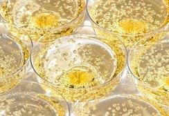 Как выбрать шампанское к новогоднему столу: советы экспертов Роскачества
