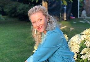 «Почему женщины красятся?» Ольга Медынич выложила фото без макияжа