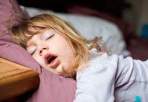 Доктор Соня: сколько сна нужно детям, и почему столько не спят?