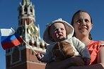 «Государство неможет заменить ребёнку родителей»: что нетак с«детской» поправкой вКонституции разъясняет Елена Альшанская