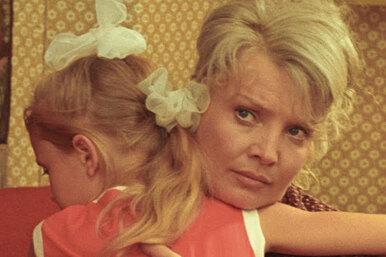 Мама! Почему Татьяна Доронина так хотела сыграть вфильме «Мачеха»