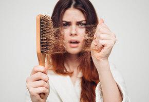 Лысая женщина — это реальность! Причины выпадения волос и как это остановить