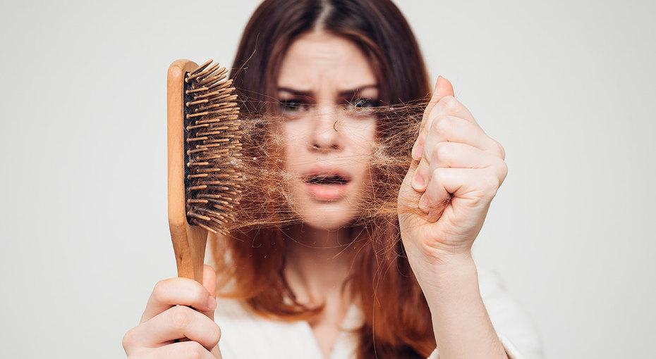 Лысая женщина — это реальность! Причины выпадения волос икак это остановить