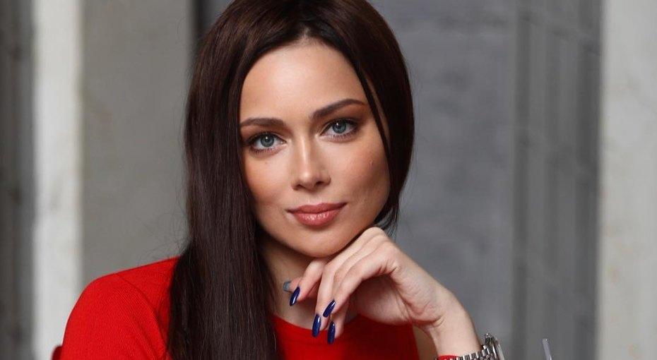 Настасья Самбурская раскрыла подробности конфликта срежиссером, из-за которого ушла изтеатра