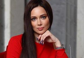 Настасья Самбурская раскрыла подробности конфликта с режиссером, из-за которого ушла из театра