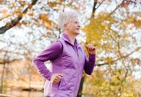 6 полезных привычек долгожителей, которые стоит у них позаимствовать
