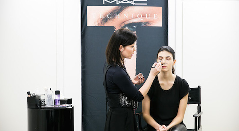 Уроки макияжа: мастер-класс посозданию smoky eyes