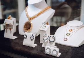 Во имя Розы: в Москве прошел показ коллекции высокого ювелирного искусства Atelier TOUS Rosa Oriol