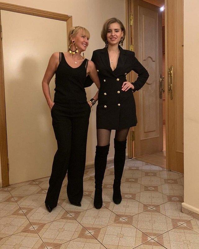 Светлана Лазарева с дочерью