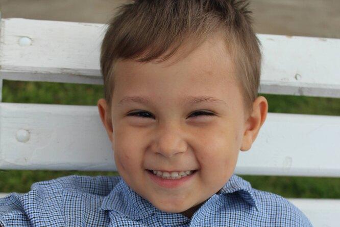 «Он будет сильно любить»: 4-летнему Артему ищут приемную семью