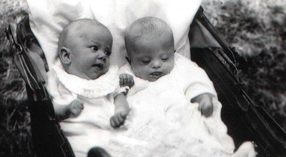 Неправильные близнецы: история сестринской любви, которая спасла длямира гениальную художницу