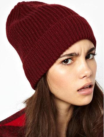 Модель шапки для девушек бини
