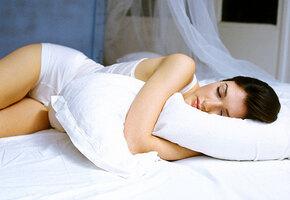 Поставьте кровать правильно! И спите крепко