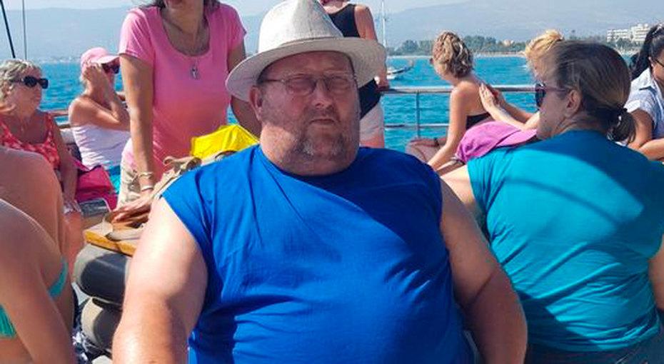 После смерти дочери мужчина похудел на90 килограммов, чтобы помочь зятю растить внуков