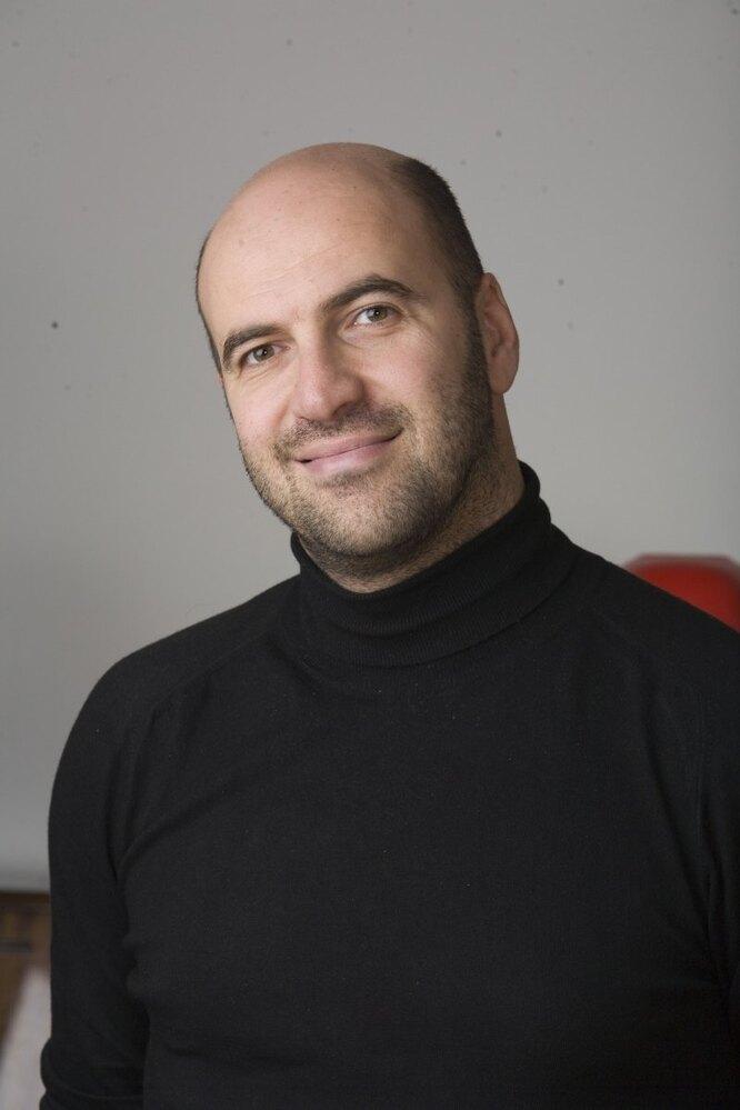 Ростислав Хаит
