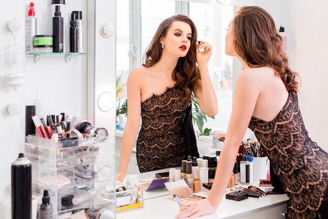 Плюс десять лет: 7 привычек, которые старят кожу — мгновенно