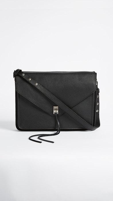 Кожаная сумка дляноутбука наремне, Rebecca Minkoff, примерно 12 677 руб.