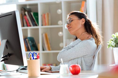 Сидячая работа? 7 советов, которые помогут восстановить здоровье