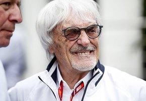 «Надо же было чем-то заниматься»: 89-летний экс-президент «Формулы-1» готовится стать отцом в четвертый раз