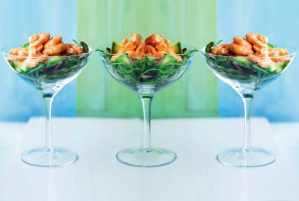 Салат в бокале с креветкой — pic 1