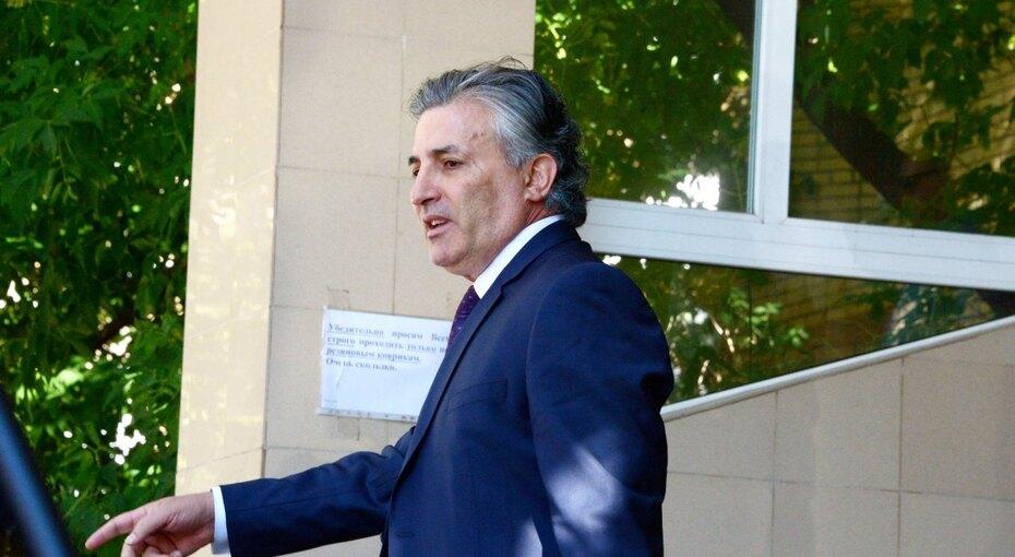 Адвокат Пашаев: «За рулем машины был неЕфремов, а другой «известный человек»